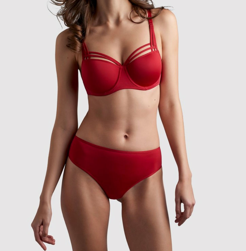 Dame de Paris Luxury Thong Red